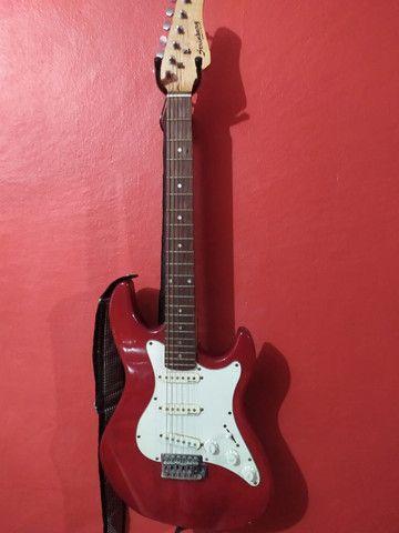 Guitarra Strinberg Vermelha e Branca