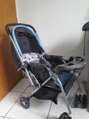 Carrinho com bebê conforto menino - Foto 3