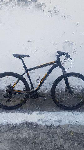 Bike Caloi - Explorer aro 29 - nova e conservada - motivo: viagem! Pagamento à vista