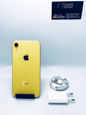 iPhone XR 64GB amarelo