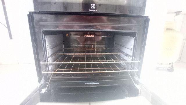 Fogão Eletrolux 5 bocas e 2 fornos - Foto 4