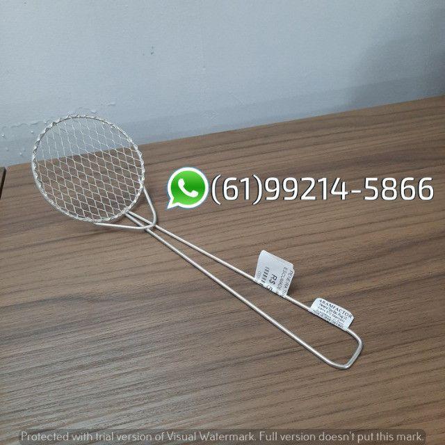 Peneira Escumadeira Plug N°10 P/ Frituras Aramfactor - Foto 4