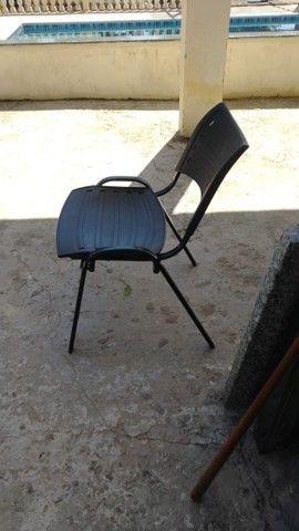 Cadeira ISO Fixa para festa, vendo o conjunto ou somente as cadeiras - Foto 4