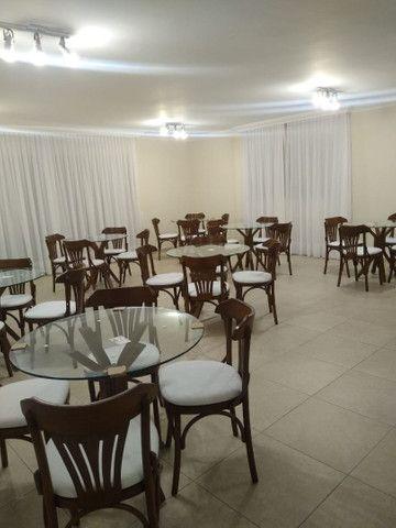 Mesas e cadeiras * BANQUETAS  - Foto 3