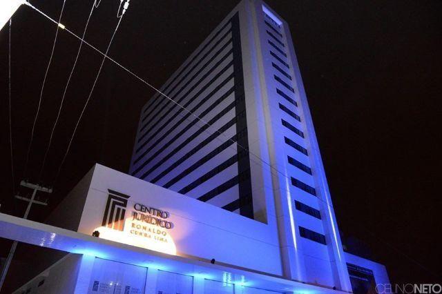 Sala no centro jurídico Ronaldo Cunha Lima