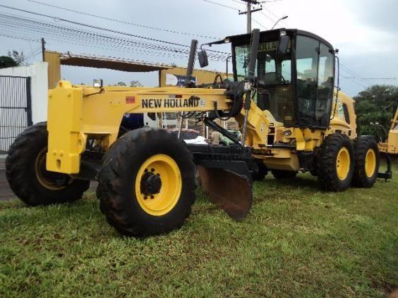 Motoniveladora New Holand RG170
