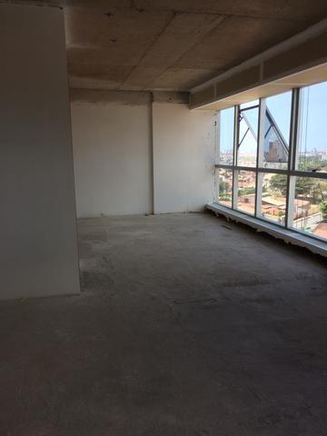 Sala em empresarial de luxo. 49 m2