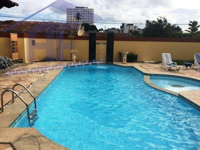 Casa com 4/4 sendo todos suítes e piscina, próximo ao Hospital Arthur Ramos - Gruta