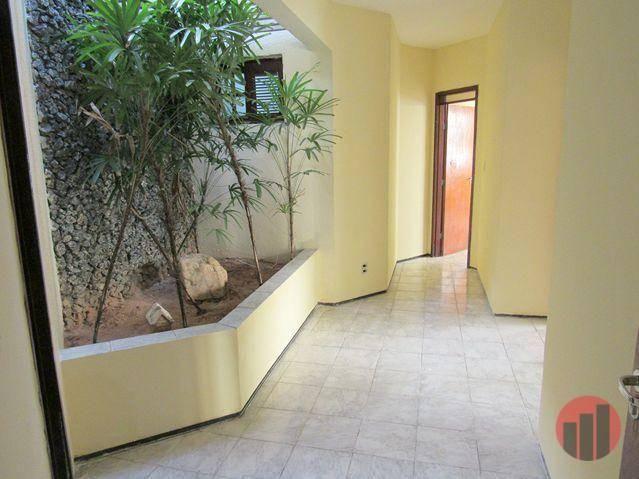 Casa com 3 dormitórios para alugar, 178 m² por R$ 1.600/mês - Cambeba - Fortaleza/CE - Foto 6