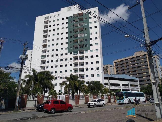 Apartamento com 3 dormitórios para alugar, 63 m² por R$ 1.509/mês - Monte Castelo - Fortal
