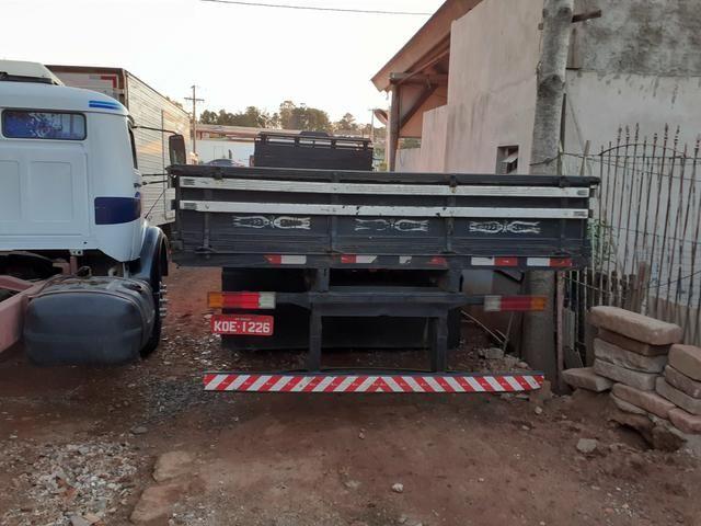 MB 1618 Truck Graneleiro Reduzido - Foto 3