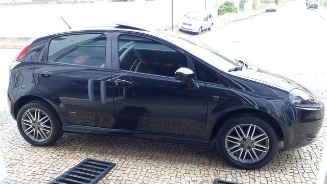 Fiat Punto Sporting 1.8 FLEX 2011 - Foto 6
