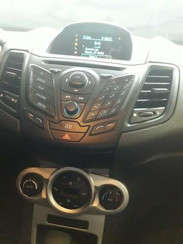 Ford New Fiesta - Foto 7