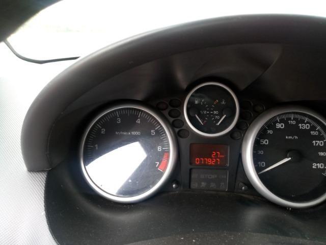 Peugeot 207 1.4 8v Flex 4 portas, Direção Hidraulica e Vidros Eletricos baixa Km - Foto 7