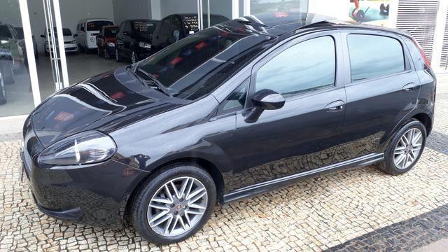 Fiat Punto Sporting 1.8 FLEX 2011 - Foto 5