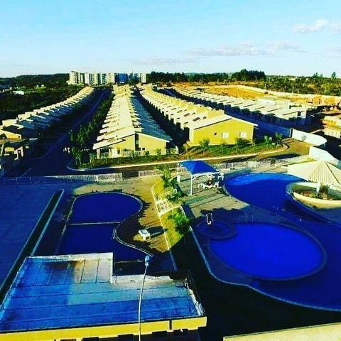 Casa Estilo Bangalô em Condomínio Fechado Jardins da Lagoa em Caldas Novas