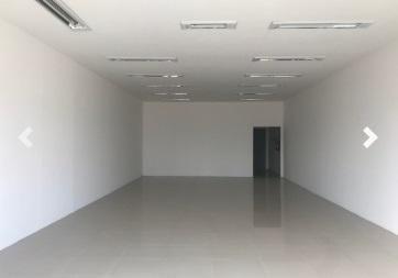Loja com 120 m² no bairro cristal