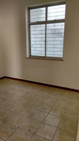 Casa 6 Quartos com 3 Garagens à Venda no Iapi ( 682817 ) - Foto 6
