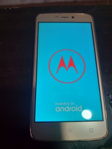 Moto c plus 16 gigas tudo ok com flash frontal  - Foto 4