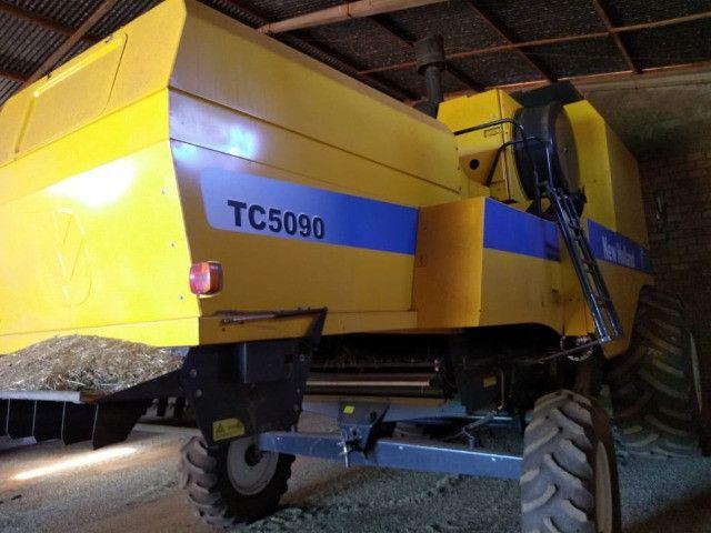 New Holland | TC 5090 | Colheitadeira Agrícola Usada - Foto 5