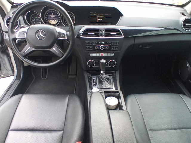 Mercedes Benz c180 2012 cgi(turbo)Blindada n3a+aut/tip+toplinha+couro+absurdamente nova!!! - Foto 18