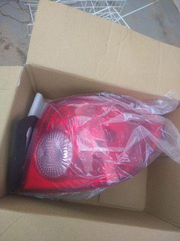 Vendo par de lanternas Corolla 2002/2008 Arteb originais