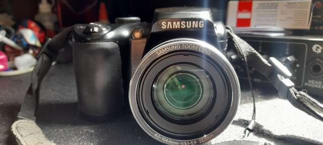 Câmera Samsung WB100 - Foto 3