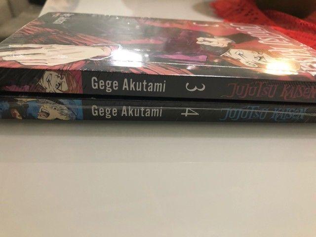 Mangá Jujutsu Kaisen volumes 3 e 4 novos e lacrados - Foto 4