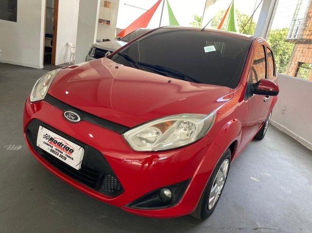 Ford fiesta sedan 1.6 completo 2012 ent Aparti de 5 mil Financia