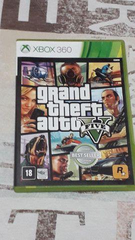 Xbox 360 com 2 controles e 2 jogos (Usado) - Foto 2
