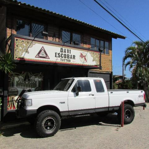 FORD F-1000 4X4 CABINE EXTENDIDA