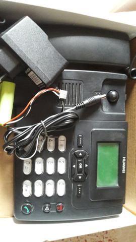 Aparelho de telefone GSM fixo da claro