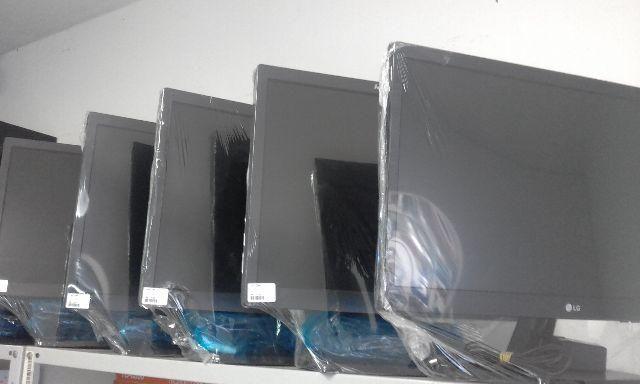 Monitores lenovo 17 polegadas com cabo vga e força