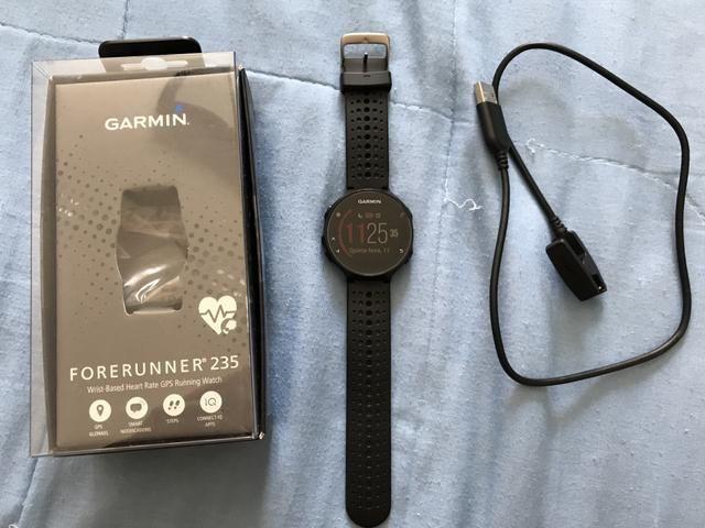 Relógio Garmin Forerunner 235 + película