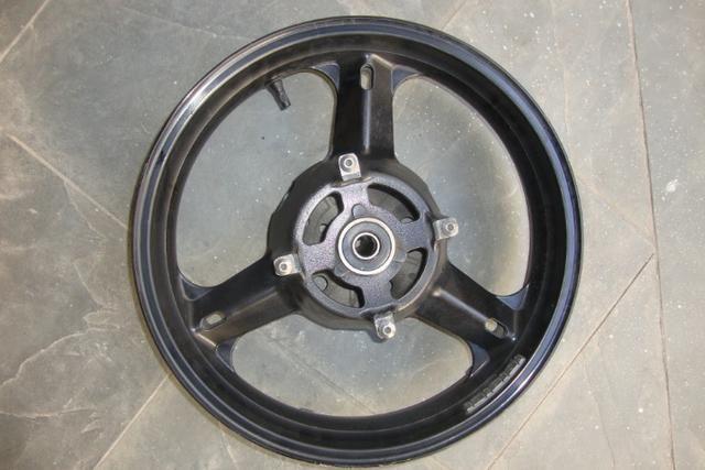 Roda traseira de Suzuki V Strom - Foto 2