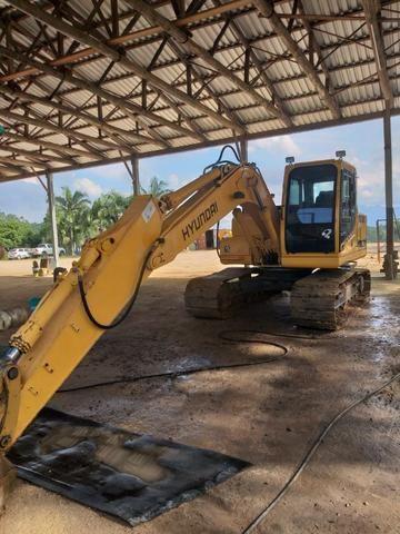 Escavadeira Hyundai 140 - Foto 4