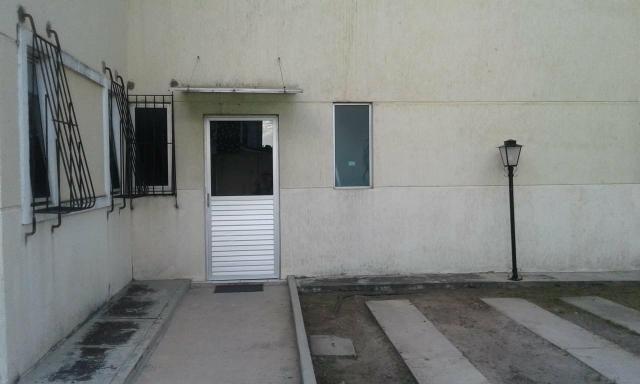 Excelente ap J.Atlantico,seminovo,estrutural,rua calçada,portão eletrônico,armários,suíte - Foto 3