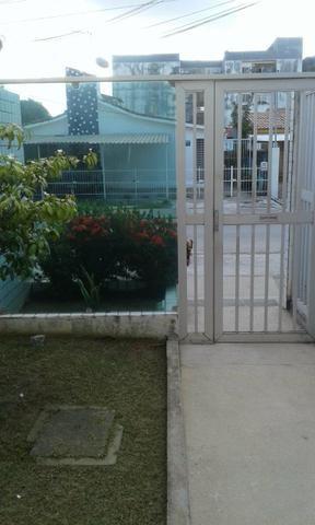 Excelente ap J.Atlantico,seminovo,estrutural,rua calçada,portão eletrônico,armários,suíte