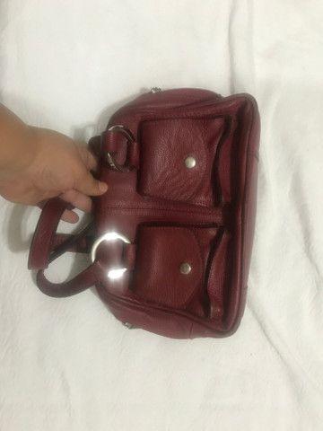 Bolsa em COURO vermelha - Foto 2