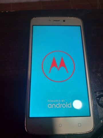 Moto c plus 16 gigas tudo ok com flash frontal  - Foto 2