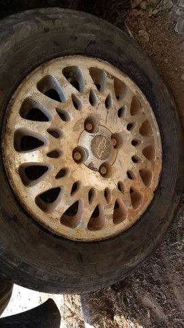 Vendo ou troco essas rodas do vectra - Foto 2