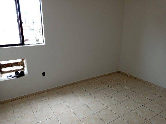 Apartamento no bairro dos bancarios com 3 quartos - Foto 6