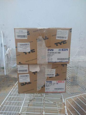 Vendo par de lanternas Corolla 2002/2008 Arteb originais - Foto 3