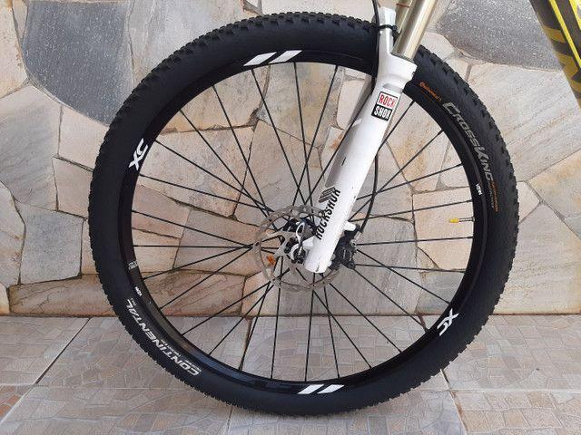 Bicicleta mtb Giant XTC 29 - Foto 6