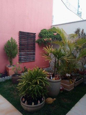 Vendo Casa de três quartos na região leste de Goiânia - Foto 6