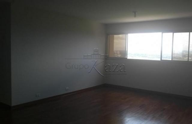 Apartamento à venda com 3 dormitórios em Centro, Sao jose dos campos cod:V31183UR - Foto 2