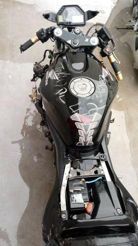 Moto Para Retirada De Peças/sucata Honda Cbr 600 Rr Ano 2004 - Foto 4