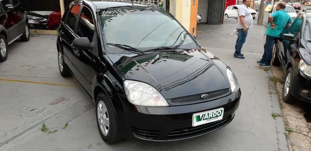 Ford Fiesta 1.0 Completo 2004 - Foto 2