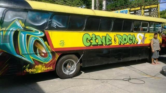 Troco ônibus por van ou outro veiculo utilitário - Foto 4