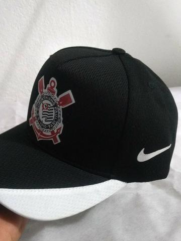 Boné Corinthians Nike Preto e Branco Timão Poliéster - Bijouterias ... 2c25494c32c